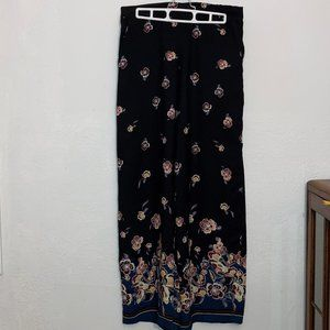 Maurice's Wide Leg Relaxed Fit Floral Pants Medium